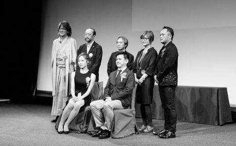 Nahoko Kojima group photo as winner of Kusasawa Award 2016 with Jury